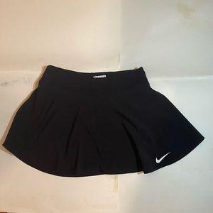Nike black athletic golf skirt. Size s.